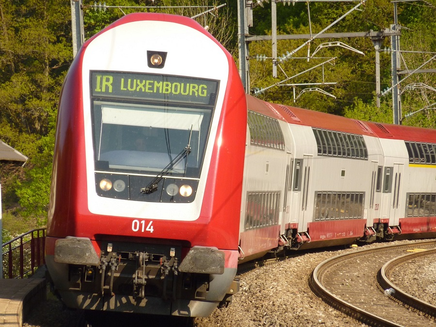 train to luxembourg